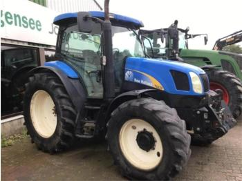 Tractor agricola New Holland T 6020